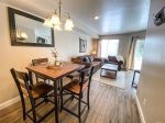 Fire Place/TV